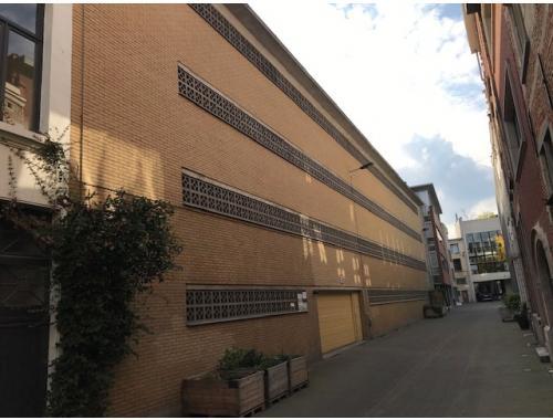 Staanplaats te koop in Antwerpen, € 27.000