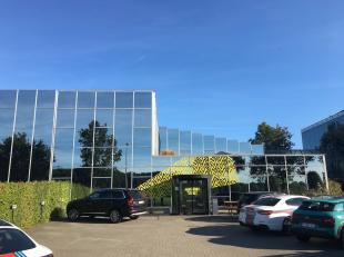 Het betreft functionele kantoren gelegen ten zuiden van Antwerpen en vlakbij de A12 Antwerpen – Brussel.