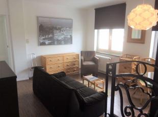 A proximité du métro Demey, appartementmeublé une chambrede 60 m² situéau 6ème étage d'un immeuble avec