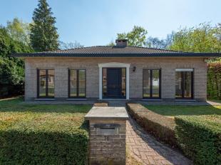 Ligging<br /> : De woning is zeer rustig doch centraal gelegen nabij centrum Kapellen! Gemakkelijke verbinding naar omliggende gemeenten!<br /> Beschr