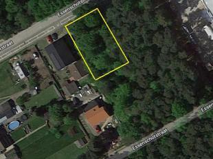 Goed gelegen bouwgrond van 732m² voor open bebouwing.<br /> Ligging:gelegennabij het centrum van Tessenderlo.Een topverbinding met de E313.<br />