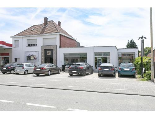 Bâtiment commercial à vendre à Grobbendonk, € 625.000