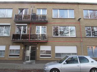 Ruim appartement met 3 slaapkamers en garage!<br /> Ligging: Gelegen in hulst, gehucht van Tessenderlo op wandelafstand van openbaar vervoer, winkels,
