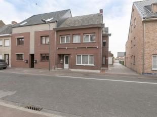 TE RENOVEREN HOB MET 3 SLPK. OP 4A48CA.Ligging: Centraal gelegen in Zoerle Parwijs, perfecte verbindingen met randgemeentes. In de buurt van winkels,
