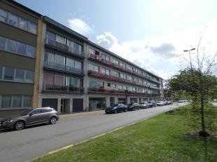 Gezellig appartement met garage!<br /> Ligging:Centraal gelegen met winkels, scholen en openbaar vervoer op wandelafstand.<br /> Indeling:Woonkamer, k