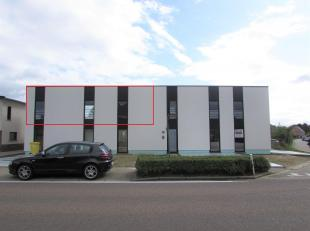 Prachtig nieuwbouw appartement met 1 slaapkamers en terras.<br /> Ligging: Zeer gunstig gelegen nieuwbouw appartement in het centrum van Veerle-Laakda