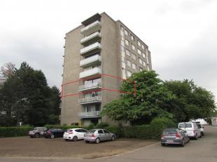 Gerenoveerd 2slaapkamer-appartement met terras en garage!<br /> Ligging:gelegen in een rustige en groene omgeving, op wandelafstand van het centrum va