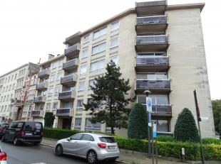 Locatie :Gelegen op het gelijkvloers in een residentie aan de befaamde Van Putlei<br /> Beschrijving:Dit gelijkvloers appartement doet momenteel al ja