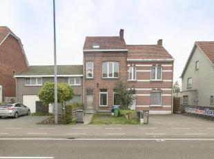 Te renoveren woning met 5 slpk gelegen in het centrum van Oud Turnhout<br /> Ligging: gelegen in het centrum van Oud Turnhout met alle voorzieningen o
