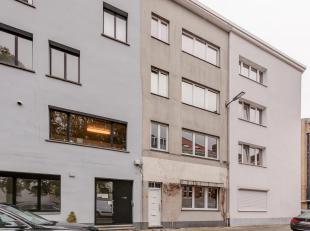 Gelijkvloersappartement op toplocatie op het Antwerpse zuid!<br /> Bijzonderheden:<br /> - Dubbele beglazing<br /> - Dak conform 2020<br /> - EPC: 287