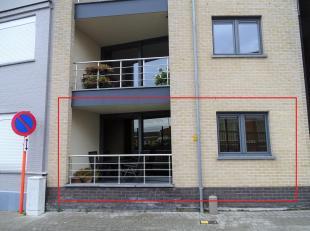 Gelijkvloers appartement te Mechelen<br /> Ligging:<br /> Dit gelijkvloers appartement is gelegen in een zijstraat van de Leuvensesteenweg,in een heel