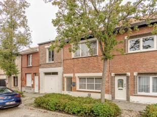Ligging: rustig gelegen in een kindvriendelijke buurt (buurt Hoge Kaart)<br /> Indeling: inkomhal, leefruimte, keuken, toilet, badkamer, 4 slaapkamers