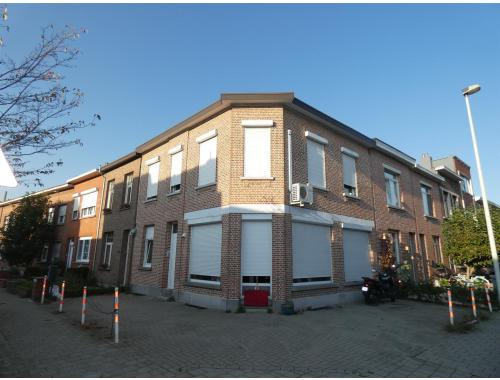 Eengezinswoning te koop in Deurne, € 299.000