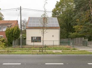 Gerenoveerde vrijstaande woning op 7a74ca.Ligging:Zeer centraal gelegen met vlotte verbindingen naar omliggende gemeenten en de oprit van de E313. Win