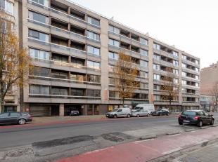 Gerenoveerde serviceflat met uitstekende verbinding naar het stadscentrum.<br /> Ligging:Deze residentie is centraal gelegen in een groenebuurten is v