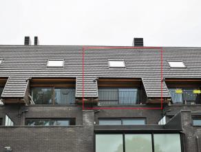 Recent duplex-appartement met 1 slaapkamer, terras, staanplaats en berging.Ligging: gelegen in Geel, op korte afstand van de belangrijke invalswegen.