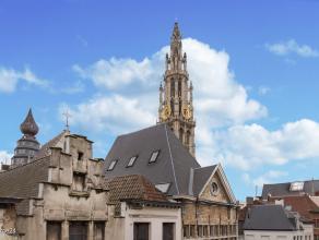Ruim en licht 2 slpks appartement op triple A in het bruisende hart van AntwerpenLigging:  Dit project ligt in het bruisend hart van Antwerpen nabij d