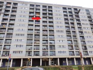 Instapklaar en gerenoveerd 2-slpk appartementmet terras! Ligging: Centraal gelegen op Linkeroever, op wandelafstand van Parkdomein De Middenvijver. Vl