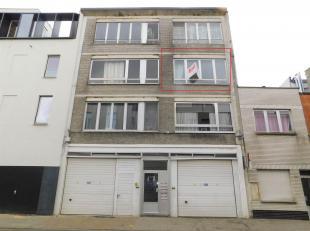 Instapklaar 2 slaapkamer appartement in levendige buurt Ligging Het appartement is gelegen in een levendige volksbuurt, nabij openbaar vervoer, winkel