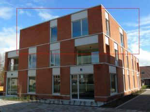 OPENHUIZENDAG 9/3 VAN 10u tot 13u<br /> MODELAPPARTEMENT TE BEZICHTIGEN !<br /> Penthouse van 189.29 m² met terras op de 2e verdieping.De toegang