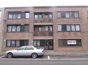 Gelijkvloers appartement met 3 slaapkamers en garage!<br />  Ligging:Gelegen in hulst, gehucht van Tessenderlo op wandelafstand van openbaar vervoer,