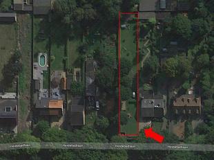 Ligging: rustig en groen gelegen in een residentiele woonwijk te Schoten nabij E10-Plas.<br /> De grond heeft een oppervlakte van 1.013 m² en per