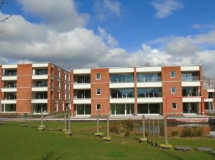 OPENHUIZENDAG 9/3 VAN 10u tot 13u<br /> MODELAPPARTEMENT TE BEZICHTIGEN !<br /> Gelijkvloers appartement met een opp. van 149,61 m².<br /> Indeli