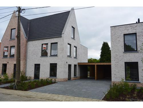 Maison unifamiliale à vendre à Grobbendonk, € 330.000
