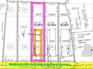 """LOT 3: Perceel voor open bebouwing in klein straatje (links van Vloeikensstraat nr 37) dat loopt naar natuurgebied """"De Herebossen"""" aan de Grote Neteva"""