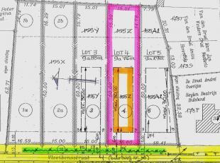 """LOT 4: Perceel voor open bebouwing in klein straatje (links van Vloeikensstraat nr 37) dat loopt naar natuurgebied """"De Herebossen"""" aan de Grote Neteva"""