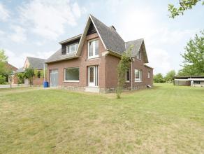 Deze af te werken woning met 3 slaapkamers is gelegen op een perceel van maar liefst 2700 m² met een prachtig vergezicht in een oase van groen.<b