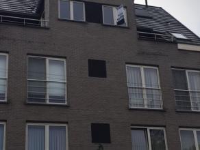 Duplexappartement in hartje Heist-op-den-Berg met 2 ondergrondse autostaanplaatsen. Unieke kans, pal in het centrum, alle voorzieningen op wandelafsta