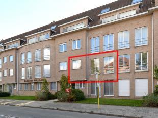 Instapklaar appartement met o.a. 2 ruime slaapkamers, overdekt terras, lift en garagebox. EPC = 396. Gelegen op een uitstekende locatie! Voor verdere