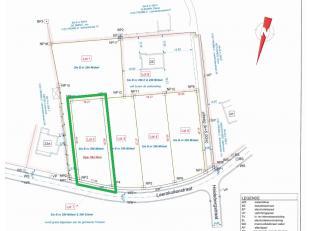 Lot 2 van een nieuwe verkaveling.<br /> <br /> Rustig gelegen bouwgrond open bebouwing met een oppervlakte van 6are95 in de Leemkuilenstraat.<br /> De