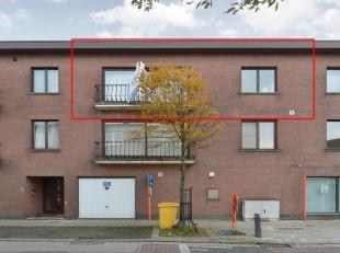 Appartement op de tweede verdieping (82m2) met 2 slpk in het centrum van Kessel. <br /> <br /> Indeling: inkomhal; aparte berging; open leefruimte met