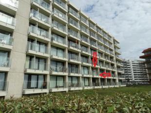 Verzorgd appartement (1ste verd.) in Residentie Nereïden, garage inbegrepen in de prijs!!Het appartement omvat ;een inkomhal met bergruimte en sc