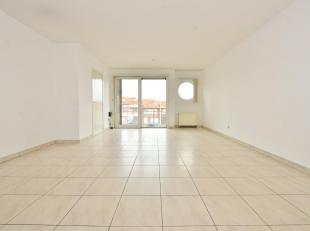 Dit praktisch ingedeeld appartement met terras is goed gelegen in Zeebrugge.<br /> Indeling: inkom, berging, apart toilet, grote leefruimte met open k