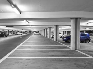 2 autostaanplaatsen voor telkens 1 wagen in centrum stad nabij Meir en Hopland! ?35.000 per stuk