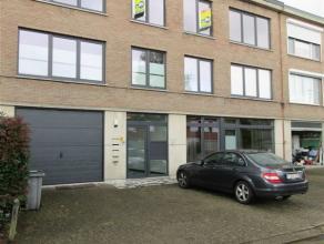 Sint-Bavoplein 11 / 1: mooi gerenoveerd appartement op de 2de verdieping links- gunstige en rustige ligging, nabij het centrum - 2 slaapkamers - garag
