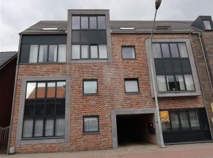 in het centrum gelegen gelijkvloers appartement met leuk tuintje en carport - het appartement is instapklaar, heeft 1 slaapkamer met aansluitend badka