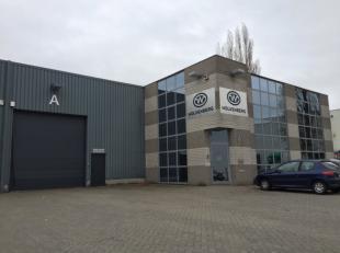 KMO-unit te koop in het bedrijvenpark Athéna te Kontich. De opslagruimte van 740 m² is geschikt voor allerhande kmo activiteiten, de ruimt