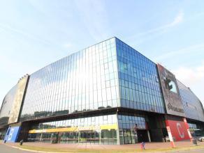 Een kantoorvloer van 1.300 m² te huur in de Ghelamco Arena. De ruimte wordt opgeleverd als een landschapskantoor en kan eventueel verder ingedeel