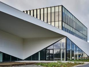 Verhuurde kantoorruimte van 174 m² met 5 parkeerplaatsen, 6-9 huurcontract met een solvabele huurder. Fantastisch centraal gelegen in Vilvoorde,