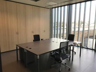 Bureau de 30 m² à louer auprès le Ring à Bruxelles. Disponible 01/03/2019. Pour plus d'infos 02 540 20 20.