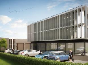 Nieuwbouw polyvalente ruimte te huur met een oppervlakte van 80 m² vlakbij de op- en afrit Beersel van de Ring rond Brussel (2 km). De ruimte kan