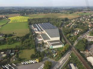 Site logistique de 23.234 m² (divisible selon demande) à louer à deux pas du R0 à Zellik. Le dépôt a une hauteu