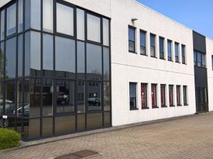 Bureaux de 1.000 m² à louer dans le Sphere Business Parkà la périphérie de Bruxelles. L'espace à de la climati