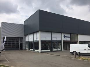 Prachtig bedrijfsgebouw met magazijnruimte van +/- 500 m², 70 m² kantoren en 11 parkeerplaatsen langs de gekende Industrielaan te Anderlecht