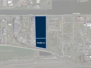 Perceel industriegrond van 10.000 m², gelegen op industriezone Oostende 2. De braakliggende grond biedt tal van mogelijkheden. Ook andere oppervl