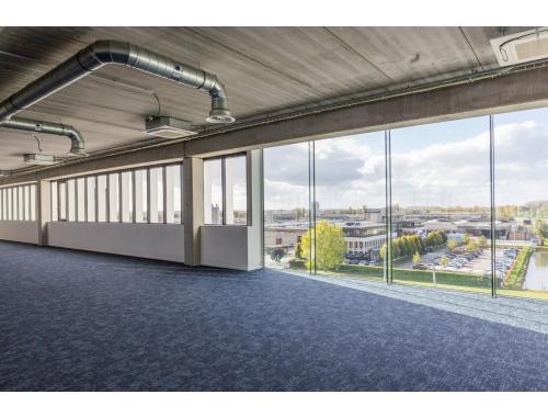 Kantoor te koop in Roeselare, € 625.000